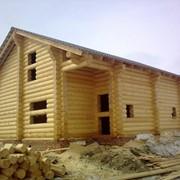 Дома из бревна (оцилиндрованного) фото