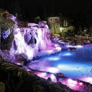 Создание декоративных водопадов и фонтанов фото