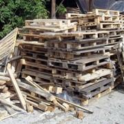 Вывоз лома деревянных поддонов фото