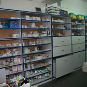Витрины для аптеки из ЛДСП фото