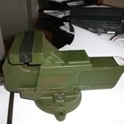 Тиски слесарные, 140 мм с поворотной плитой ГОСТ 4045-75 фото