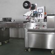 Автоматическая горизонтальная упаковочная машина фото