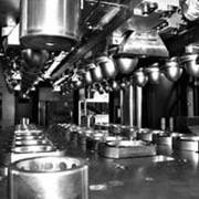Производство изделий из пластмасс: литье, экструзия с раздувом, инжекция с раздувом фото