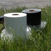 Пленка для упаковки молочной продукции белая, черно-белая фото