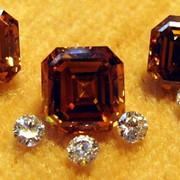 Набор ограненных алмазов фото