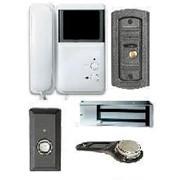 Видеодомофон ч/б с дополнительной видеокамерой, с электромеханическим замком. фото