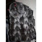 Меховая жилетка из чернобурки фото