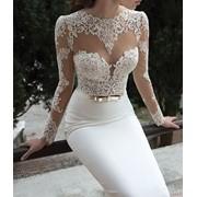 Аквачистка свадебных платьев с гарантией на сохранность фурнитуры фото