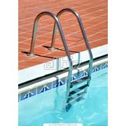 Трапы для бассейнов, лестницы для бассейнов фото