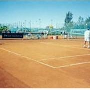 Теннисит красный фото