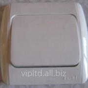 Выключатель ZIRVE белый FIXLINE 501-0201-200