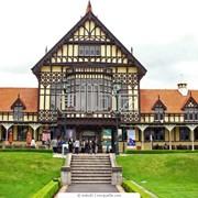 Познавательный туризм. Зеленый туризм Организация и проведение экскурсий. Услуги внутреннего туризма фото
