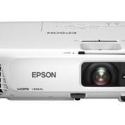 Портативный проектор для бизнеса и образования Epson EB-W28 фото