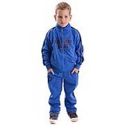 Модный спортивный костюм для мальчика голубого цвета 130 фото