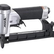 Скобозабивной пистолет пневматический (степлер) S80/16-B1 (12.8мм; 4-16мм, 157шт, 1.25л/скоба, 0.7кг.) фото