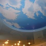 Сатиновые натяжные потолки. фото