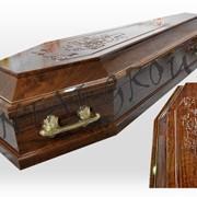Р10 гроб ламинат с резьбой (роза, крест, крест католический) фото