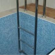 Лестницы для бассейнов фото