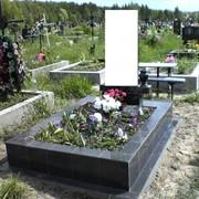 Памятники, изготовление гранитных памятников, надгробия, гранитная мастерская фото