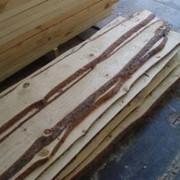 Сырье техническое из дуба. Доски необрезные дуб фото