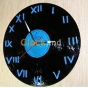 Часы из виниловой пластинки Римские цифры фото