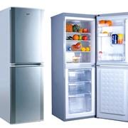 Бытовой холодильник фото