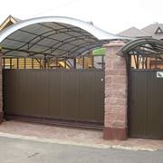 Ворота гаражные, во двор фото