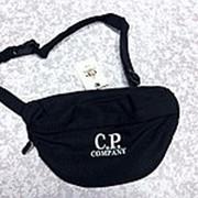 Поясная сумка C.P. company чёрная фото