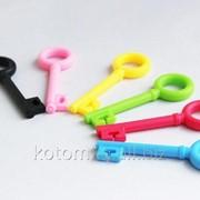 Пластиковые ключики для наушников 75x25мм фото