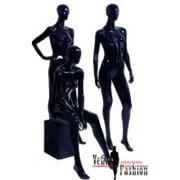 Женские манекены черного цвета фото