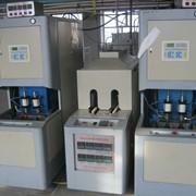 Полуавтоматические машины для выдува ПЭТ фото