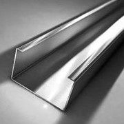 Профиль гнутый металлический монтажный перфорированный фасадный строительный фото