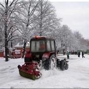 Уборка территорий от снега фото