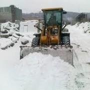 Уборка и вывоз снега фото