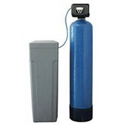 Обслуживание фильтров для воды. фото
