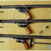 Ружья подводные пневматические и арбалеты для подводной охоты фото
