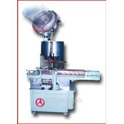 Машина укупорочная А1-ВУП для укупоривания стеклянных бутылок полиэтиленовыми охватывающими пробками фото