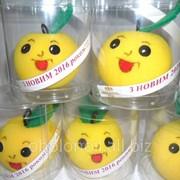Іграшки для ялинки - новорічний сувенір яблуко фото
