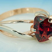 Кольца золотые 585 или 750 пробы желтого, красного или белого цвета с любыми драгоценными, полудрагоценными камнями фото