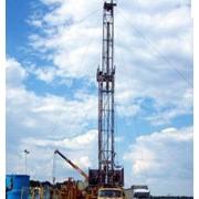 Бурение нефтяных и газовых скважин, наклонно-направленное бурение. фото