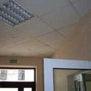 Плотницкие работы: подвесные потолки типа ARMSTRONG, из гипсокартонных листов, различных панелей фото