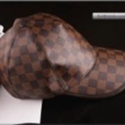 Бейсболки кожаные. Бейсболка в стиле Louis Vuitton фото