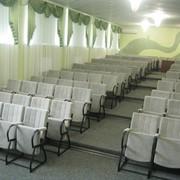 Театральные кресла для актовых и конференц залов фото