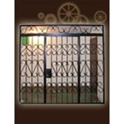 Решётчатые двери-установка фото