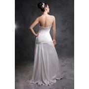 Дизайнерское свадебное платье из шелка фото