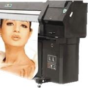 Широкоформатная печать на бумаге, баннерной ткани, холсте, пленке, полиэстере, пластике, печать баннеров, печать постеров, печать фотообоев, печать на стендах фото