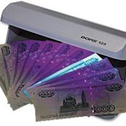 Детектор банкнот DORS 125 фото