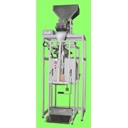 Полуавтомат для фасовки сыпучих не пылящих продуктов с весовым дозатором УФС-18ПА-В фото
