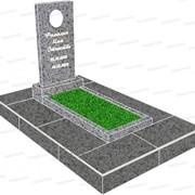 Готовое предложение на памятник из светло-серого гранита фото