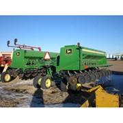 Механическая зерновая сеялка John Deere 455 11,2 м фото